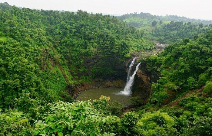 Dugerwadi Waterfall Pic